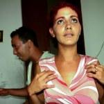 Cuban Woman praying to see her husband soon, Havana in Cuba — Stock Photo