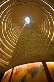 Innenansicht der Jin Mao Tower in shanghai — Stockfoto