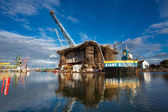 Docking oil rig at the Gdansk Shipyard under construction — Stock Photo