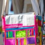 Wayuu bags for sale in Cartagena — Stockfoto