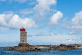 蓝色的天空和拉克鲁瓦的灯塔 — 图库照片