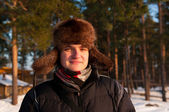Muž v kožešinové čepice — Stock fotografie