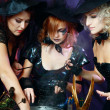 Foto Stock: Three halloween witches