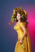 Mujer otoño — Foto de Stock