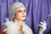 Mujer de estilo retro aleta — Foto de Stock