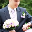 Groom waiting for bride — Stock Photo