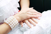 Hands bride — Stock Photo