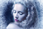 Woman with silver blue artistic make-up — Stockfoto