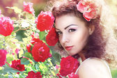 Red roses woman — Stock Photo