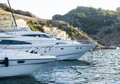 Parking luxurious yachts — Stock Photo