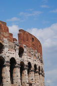 Colosseum amphitheatre in Rome, Italy. — Stock Photo