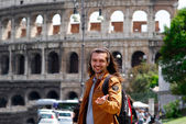 Young guy Colosseum Rome, Italy — Stock Photo