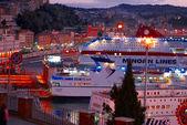 Port de croisière bateaux ancona italie — Photo