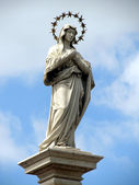 Statue of Virgin Mary Immaculate in front of the monastery of Ja — Stock Photo