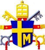 Coat of arms of the Polish Pope Paul II placed the reconstructio — Stock Photo