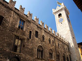 Praetorian Palace in Piazza del Duomo with the Torre Civica (Civic Tower) in Trento — Stock Photo