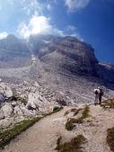 Mountain hike in the sun, Dolomites, Brenta — Stock Photo