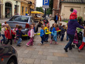 KRAKOW, POLAND - JUNE 27: pre-school children in the group walki — Stock Photo