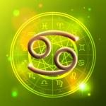 Zodiac Cancer golden sign — Stock Vector