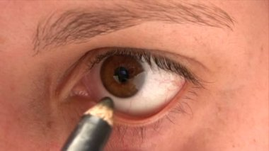 Eyeliner Pencil — Stock Video