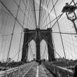 bianco e nero di Brooklyn bridge — Foto Stock