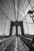 Brooklyn Bridge black and white — Stock Photo