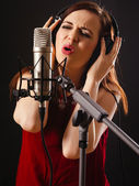 Recording vocals in the studio — Stock Photo
