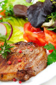 Salad and meat — Foto de Stock