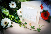 Planeamento do casamento dia - data do casamento dentro de um círculo em um calendário — Foto Stock