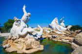 View of Gloriette and Neptune fountain in Schonbrunn Palace — Stock Photo