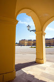 Arcade gallery of Schoenbrunn palace in Vienna — Stock Photo