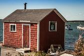 Red fishing shack — Stock Photo