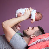 Young father and little daughter — Stock Photo