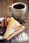 Kawy i rogalików — Zdjęcie stockowe