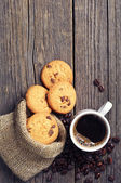Cup of coffee and cookies — Stock Photo