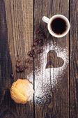 Taza de café y bollo — Foto de Stock