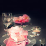 Valentine day romantic table setting — Stock Photo