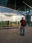 Viajero en el aeropuerto — Foto de Stock