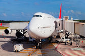 Runway in Cancun Airport — Stock Photo
