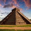 The Feather Serpent - Equinox in Kukulkan Pyramid, Chichen Itza — Стоковое фото #12572033