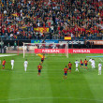 Spain-France: Lloris stopping a penalty shot by Cesc Fabregas — Stock Photo