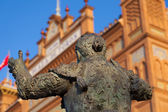 Bullfighter sculpture in Las Ventas Bullring in Madrid — Stock Photo