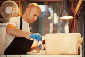 Baker Making Traditional Ice Creams — Stock Photo