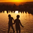 Children Playing at Sunset in Temple of Debod Park, Madrid — Stock Photo