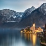 Dusk at Lake Hallstatt, Salzkammergut, Austrian Alps — Stock Photo