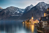 Dusk at Lake Hallstatt, Salzkammergut, Austrian Alps — Stock Photo