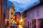 Village of Hallstatt at dusk, Salzburger Land, Austria — Foto de Stock