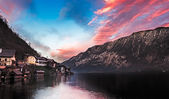 Lake Hallstatt at sunset, Salzkammergut, Austrian Alps — Stock Photo