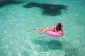 Women relax in floating — Stock Photo