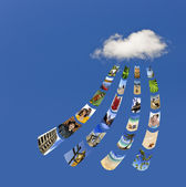 Storing photos on cloud — Stock Photo